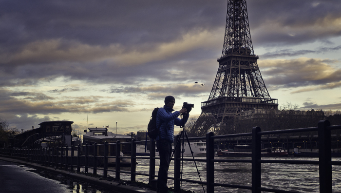 Sedgley_Eiffel_Tower_Getting_the_Shot_700px