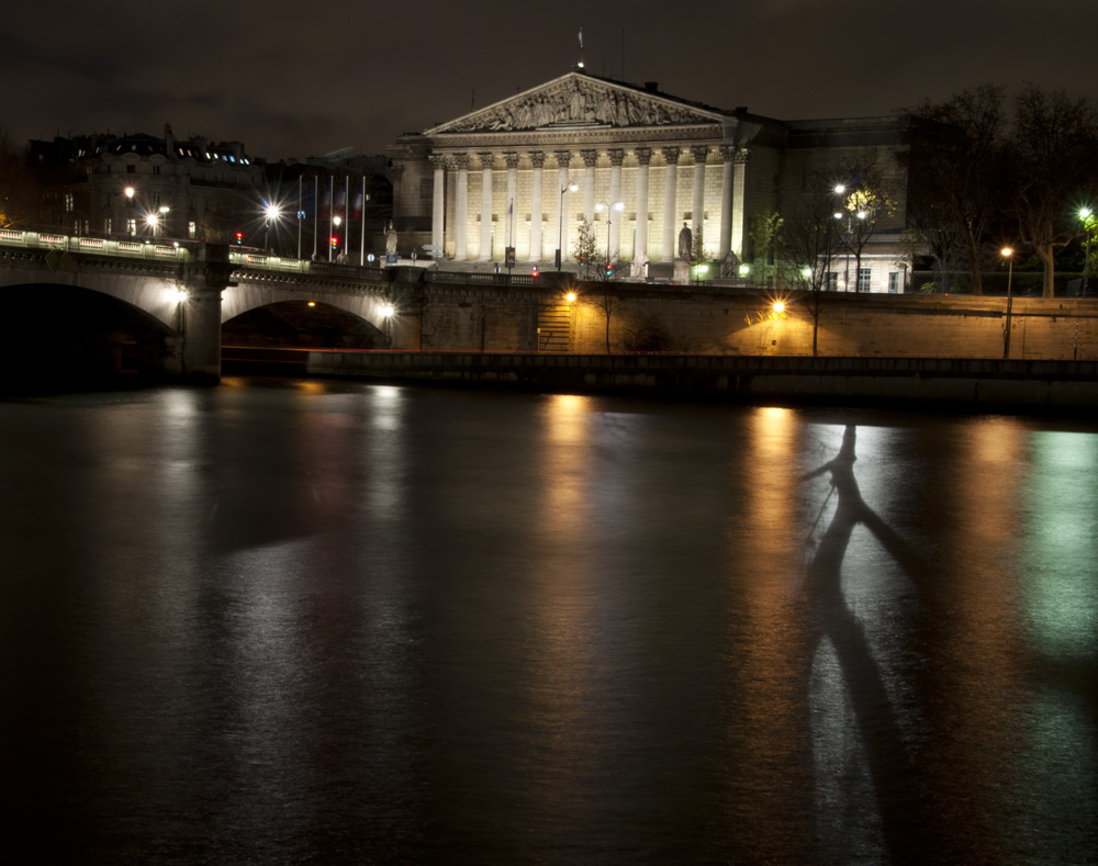 Assemblee Nationale (f25 / 30sec / ISO 160)