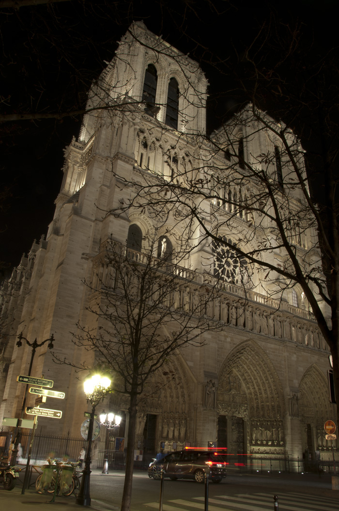 Cathedral Notre Dame (f20 - 20 sec - ISO 100) — © Adam Sedgley