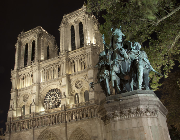 Cathedral Notre Dame (f18 - 30 sec - ISO 100) — © Adam Sedgley