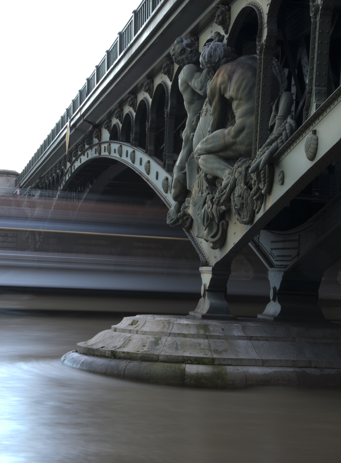 Bir_Hakeim_Bridge_Paris_0389