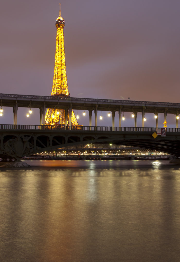 Bir_Hakeim_Bridge_Paris_0517