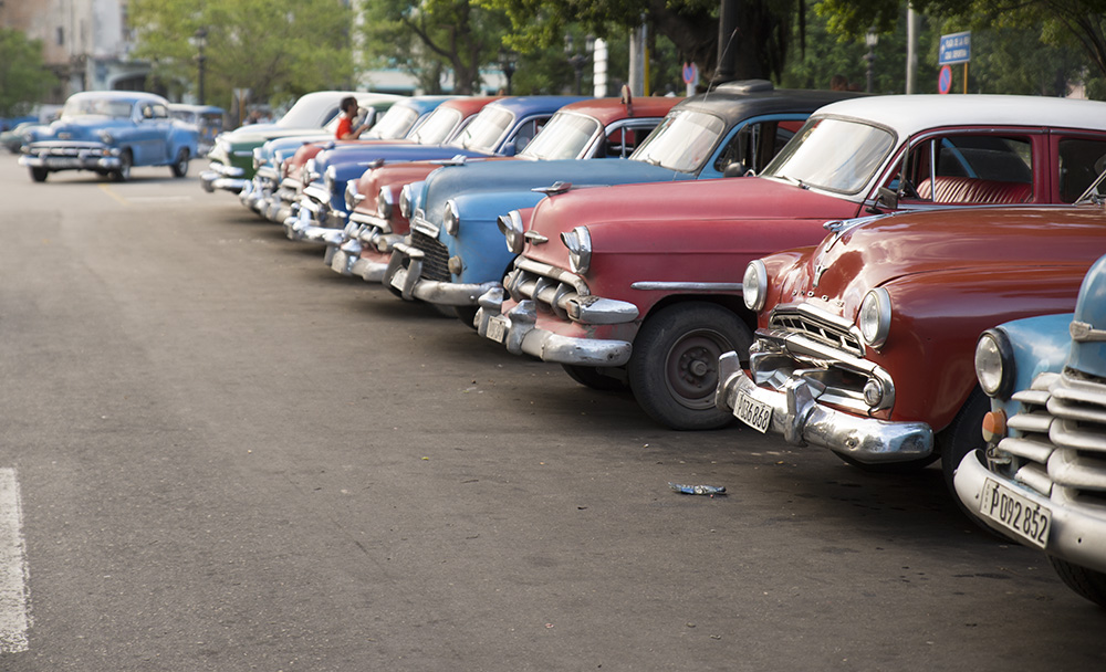 Cars_in_Cuba_Sedgley_1468